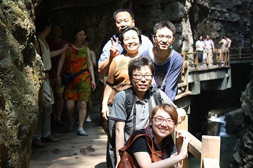 2011年5月1日 游重庆黑山谷